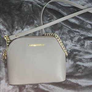 Steve Madden Light Grey Handbag!